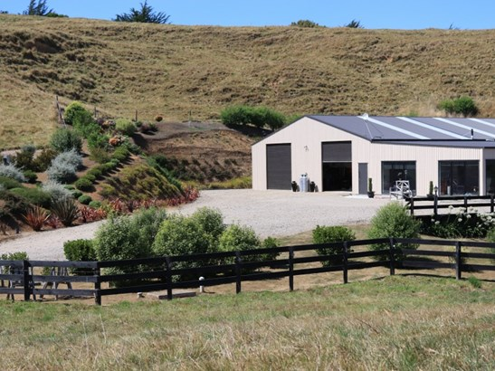 258 Okahutiria Road, Waverley, South Taranaki - NZL (photo 2)