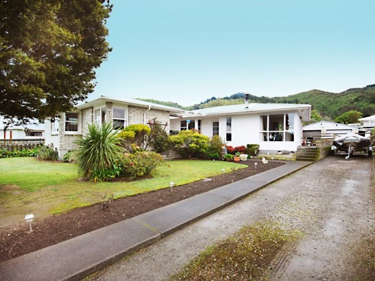 81 Watt Street, Featherston, South Wairarapa - NZL (photo 1)