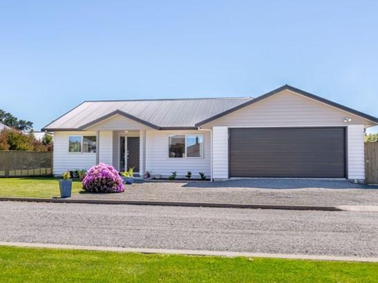 3 Elmstead Lane, Greytown, South Wairarapa - NZL (photo 1)