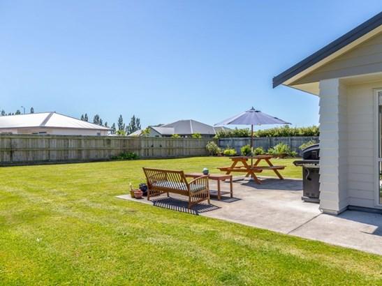 3 Elmstead Lane, Greytown, South Wairarapa - NZL (photo 4)