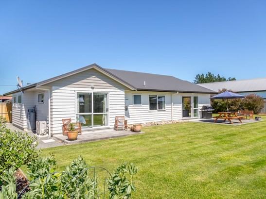 3 Elmstead Lane, Greytown, South Wairarapa - NZL (photo 3)