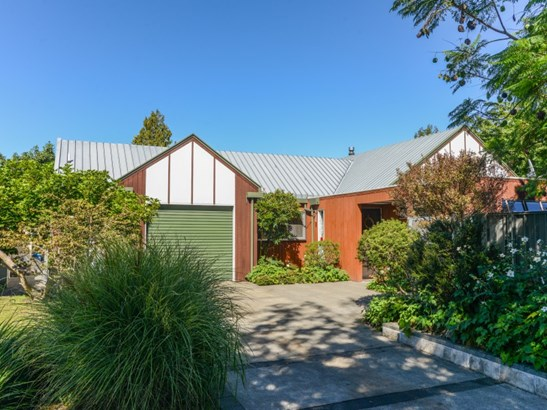 2 Matthews Place, Taradale, Napier - NZL (photo 1)