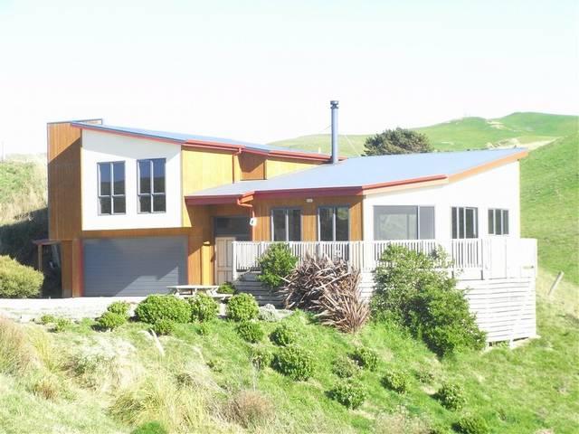 26 Balfour Crescent, Castlepoint, Masterton - NZL (photo 1)