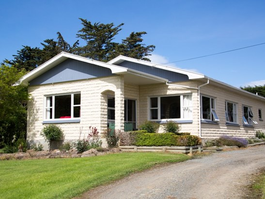 156 Elephant Hill Back Road, Waimate - NZL (photo 2)