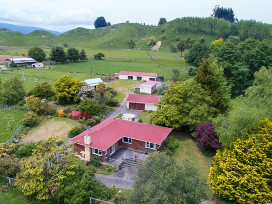 8 Te Para Para Road, Rangiwahia, Manawatu - NZL (photo 3)