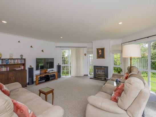5 Aitchison Place, Levin, Horowhenua - NZL (photo 4)