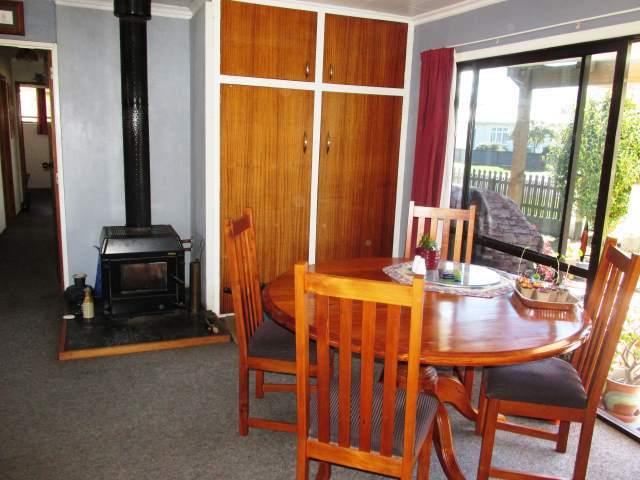 16 Anderson Street, Reefton, Buller - NZL (photo 5)