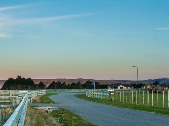 . Governors Green Drive, Greytown, South Wairarapa - NZL (photo 4)