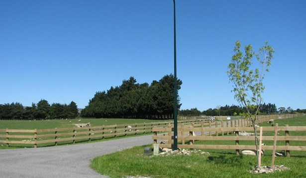 . Governors Green Drive, Greytown, South Wairarapa - NZL (photo 5)