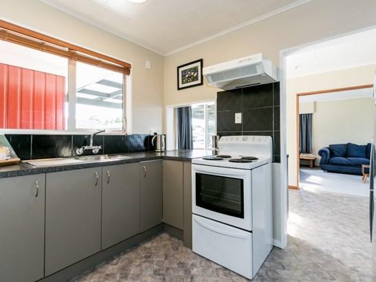 12 Lyttelton Crescent, Tamatea, Napier - NZL (photo 4)
