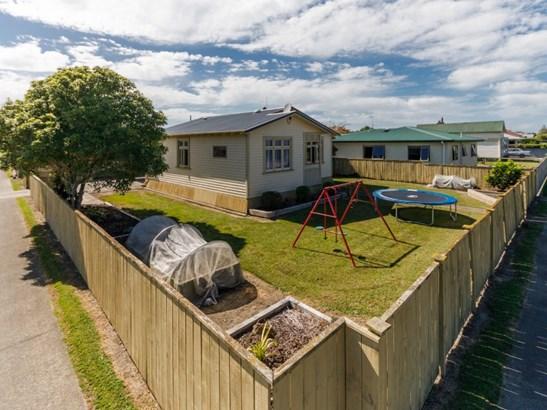 27 Haybittle Street, Feilding - NZL (photo 2)