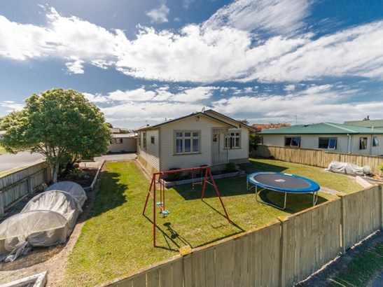 27 Haybittle Street, Feilding - NZL (photo 3)