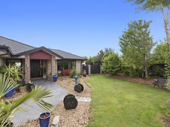 18a Beaumont Drive, Rolleston, Selwyn - NZL (photo 2)