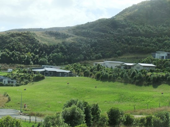 11 Puka Place, Mahia, Wairoa - NZL (photo 2)