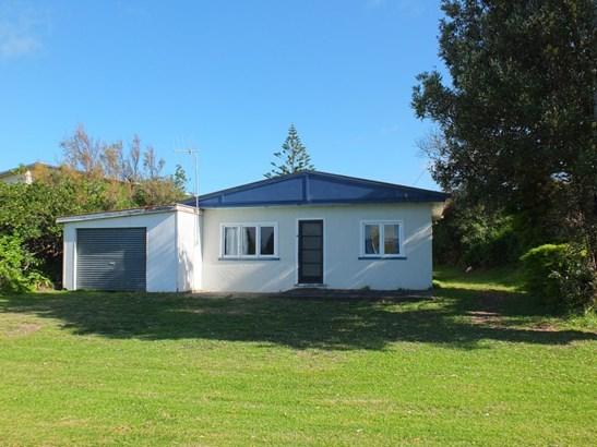 8 Nelson Street, Foxton Beach, Horowhenua - NZL (photo 1)