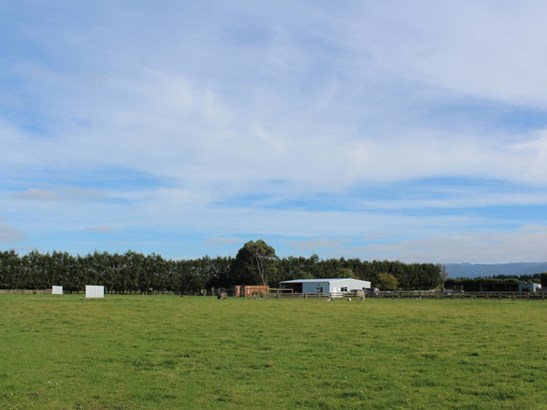 39 Laws Road, Dannevirke, Tararua - NZL (photo 2)