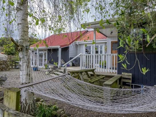 103 Waikawa Beach Road, Manakau, Horowhenua - NZL (photo 1)