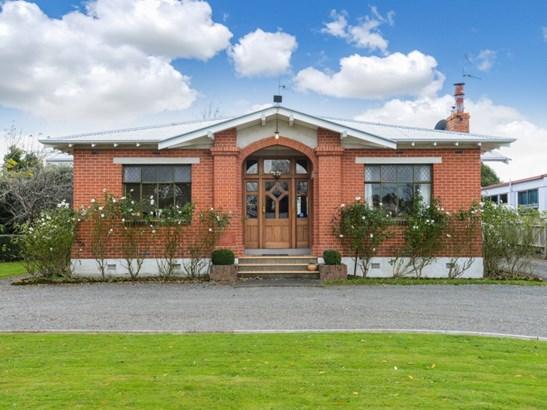 8 Russell Street, Waipukurau, Central Hawkes Bay - NZL (photo 1)