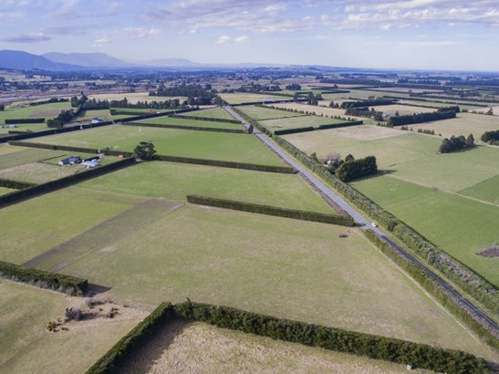 833 Woodstock Road , Oxford, Waimakariri - NZL (photo 2)