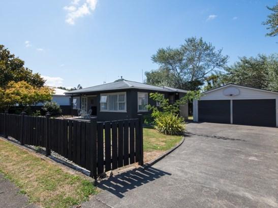 9 Queen Street, Feilding - NZL (photo 1)