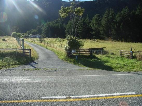 2622 State Highway 6, Barrytown, Grey - NZL (photo 3)
