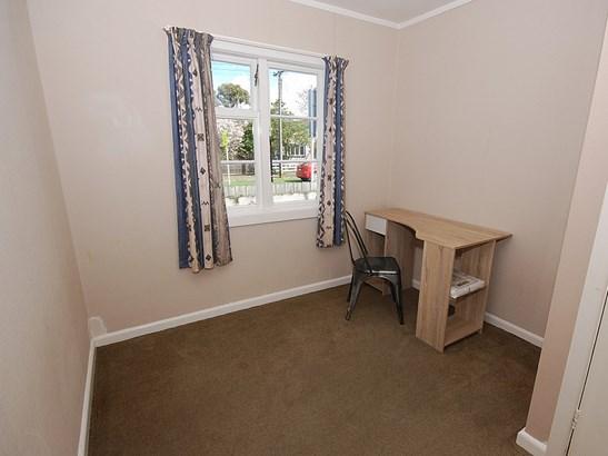 4b Costley Street, Carterton - NZL (photo 5)