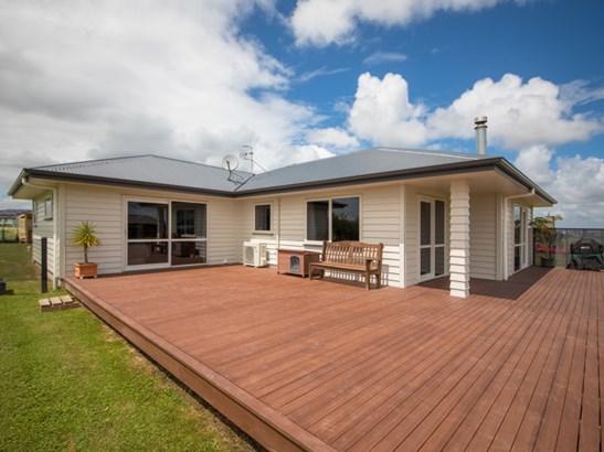 12 Wapiti Avenue, Feilding - NZL (photo 2)