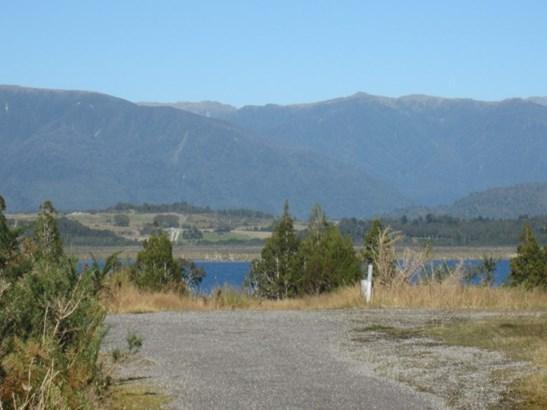 61 D Beechwater Drive, Moana, Grey - NZL (photo 1)