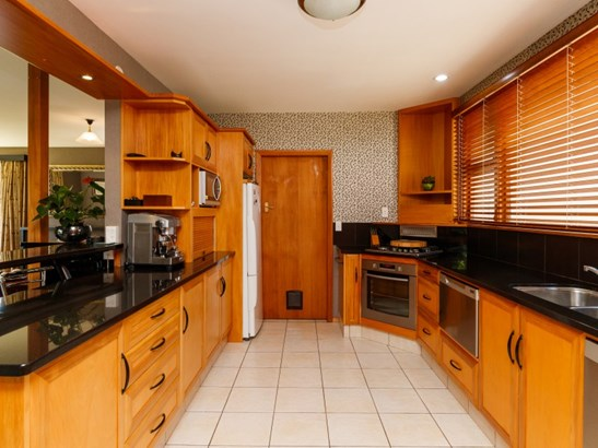 15 Montgomery Terrace, Hokowhitu, Palmerston North - NZL (photo 2)
