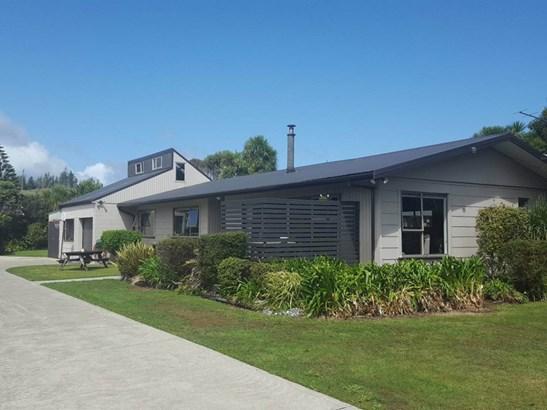 32 Keith Road, Paroa, Grey - NZL (photo 1)
