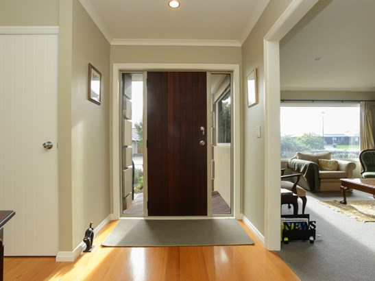 86 Belgrove Drive, Waipukurau, Central Hawkes Bay - NZL (photo 3)