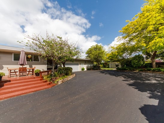 17 St Albans Avenue, Hokowhitu, Palmerston North - NZL (photo 2)
