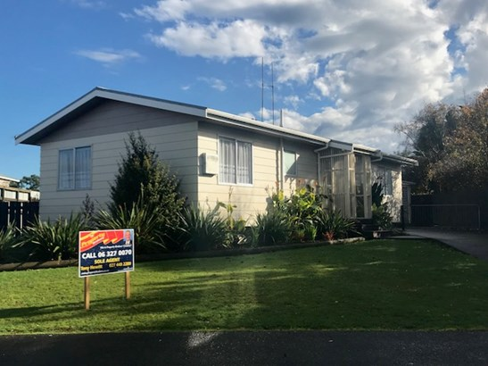 26 Barton Street, Marton, Rangitikei - NZL (photo 2)