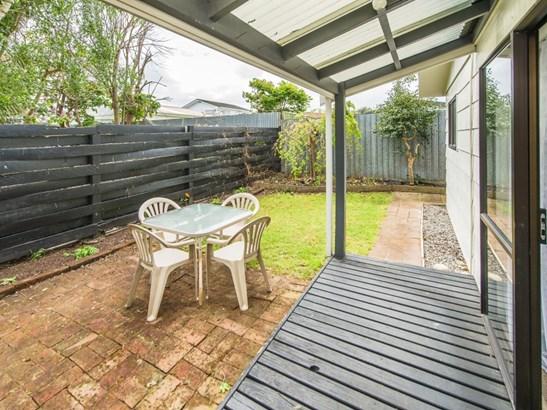10c Hereford Street, Springvale, Whanganui - NZL (photo 2)