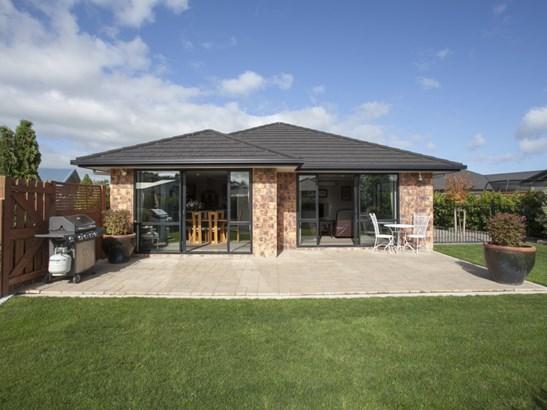 31 Chestnut Close, Kelvin Grove, Palmerston North - NZL (photo 2)