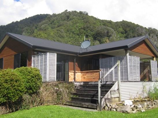 12 A Cargills Road, Barrytown, Grey - NZL (photo 1)