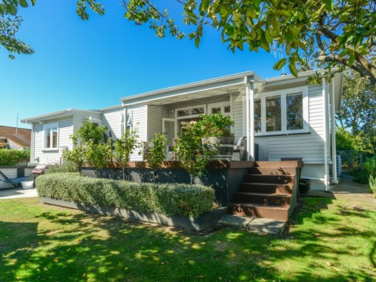 8 Wallace Road, Waipukurau, Central Hawkes Bay - NZL (photo 1)