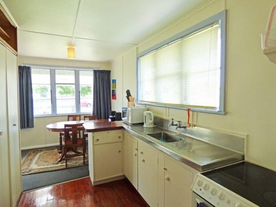 68 Barton Avenue, Marewa, Napier - NZL (photo 4)