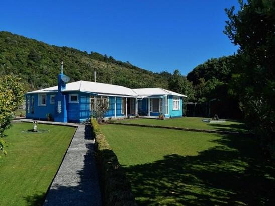 2a Main Road, Ngakawau, Buller - NZL (photo 1)