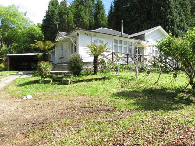 8 Rosstown, Reefton, Buller - NZL (photo 1)