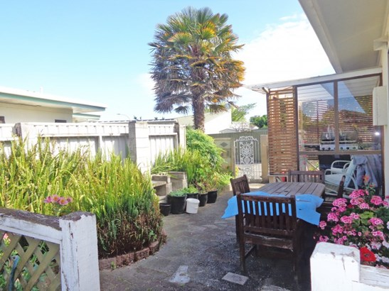 23a Leeds Place, Tamatea, Napier - NZL (photo 5)