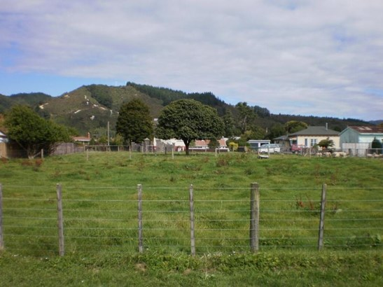 9-11 Pitt Street, Reefton, Buller - NZL (photo 2)