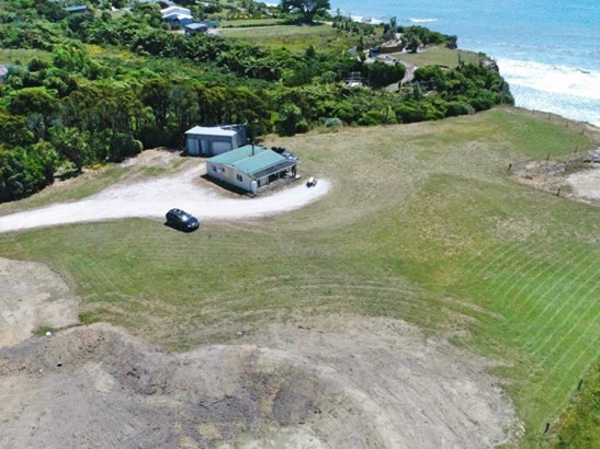 1036 Cape Foulwind Road, Cape Foulwind, Buller - NZL (photo 2)