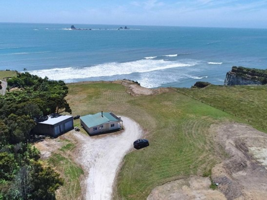 1036 Cape Foulwind Road, Cape Foulwind, Buller - NZL (photo 3)