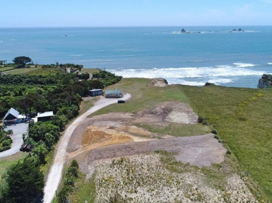 1036 Cape Foulwind Road, Cape Foulwind, Buller - NZL (photo 4)