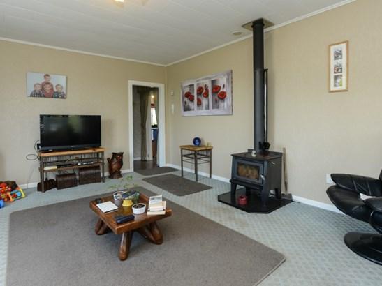 6 Kenderdine Road, Elsthorpe, Central Hawkes Bay - NZL (photo 4)