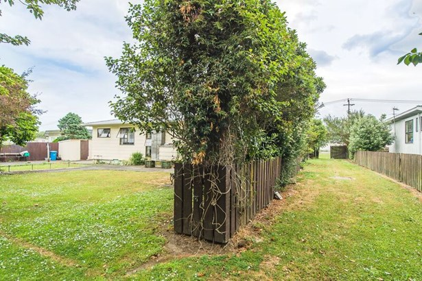 18 And 18a Wilson Street, Waverley, South Taranaki - NZL (photo 3)