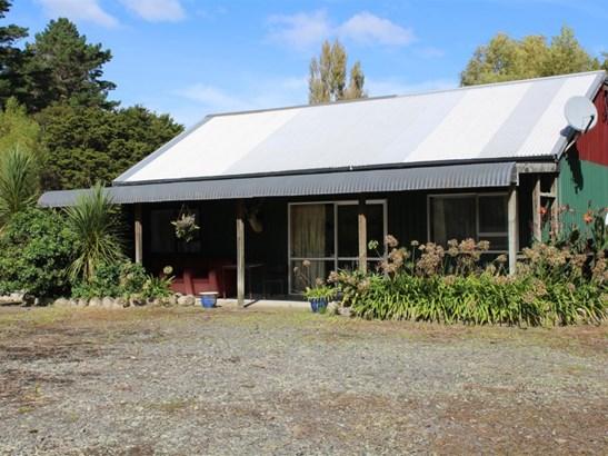 - Route 52, Herbertville, Dannevirke, Tararua - NZL (photo 1)