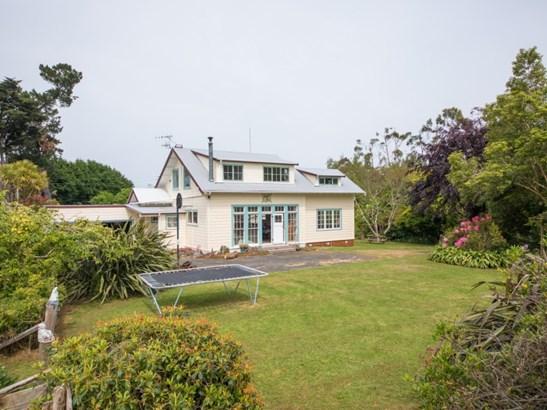 1240 Rangiwahia Road, Kimbolton, Manawatu - NZL (photo 2)