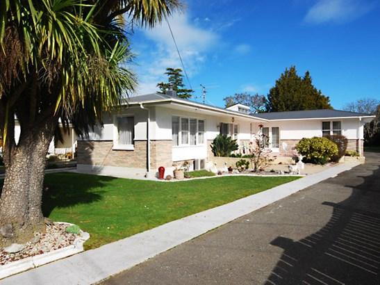 11 Devon Street, Masterton - NZL (photo 1)
